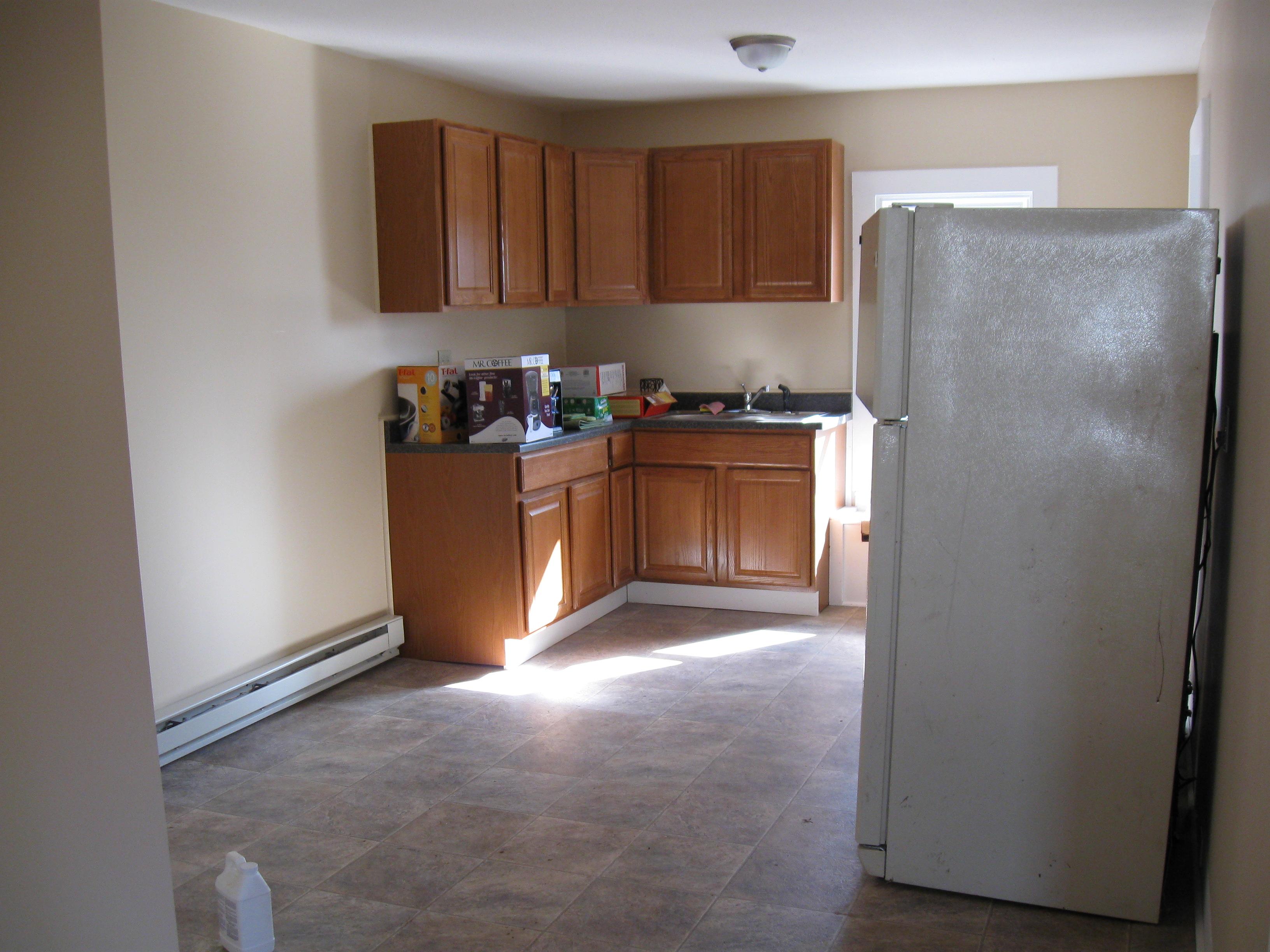 11 Handley Upper - Kitchen