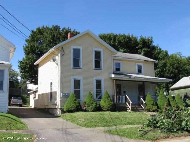 Perry – 20 St. Helena St.